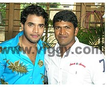 Murali and Puneeth during the muhurath of Gopi