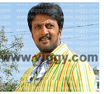 Sudeep in Kaashi from village
