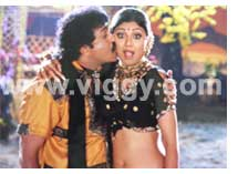 Ravichandran and Shilpa Shetty in film Ondagona Baa